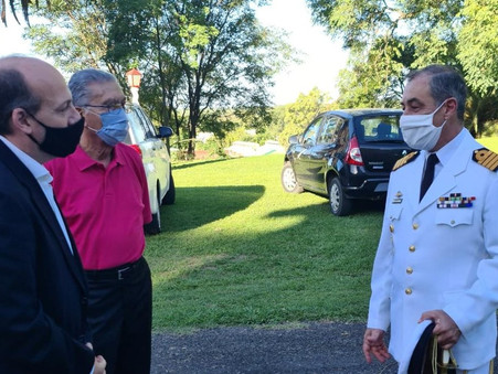 Roses acompañó la asunción del nuevo titular de la Base Naval de Zárate