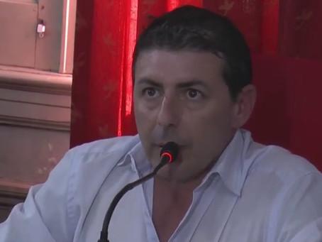 Amaya citó a Los Redondos y a Soda Stereo en un desopilante homenaje a Abella