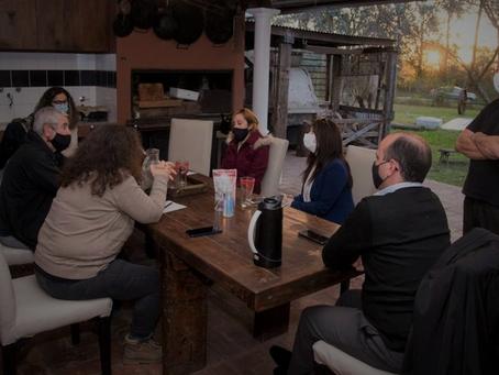 Cardales Chico: Vecinos de los barrios aledaños se reunieron con Romina Carrizo y Soledad Alonso