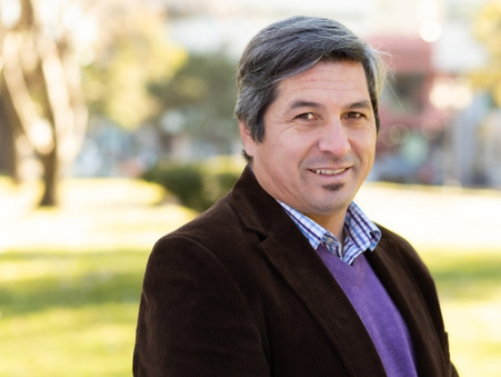 Carlos Gómez: ''Me parece una verguenza que el intendente salga a chuparle las medias así a Rocca''