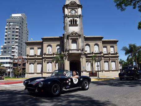 Con una caravana de autos y motos, se celebró la Fiesta del Automóvil