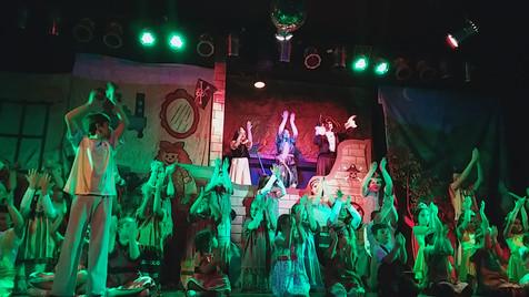 El grupo de teatro infantil presentó ''Peter Pan''