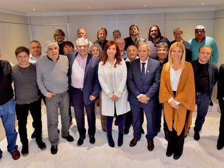 Abel Furlán, junto a Cristina y al Frente de Todos en la sede de la Asociación Bancaria