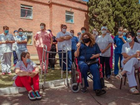 Homenajearon a enfermeras del hospital y los CAPS