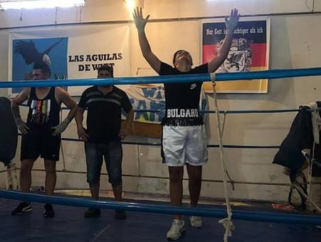 El pasado domingo se vivió una gran jornada de boxeo barrial