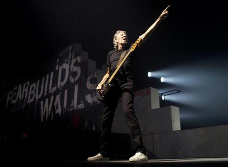 Roger Waters vs. Bolsonaro: pidió ''Ele Nao'' y ''resistir al neofascismo'' en su show en Curitiba