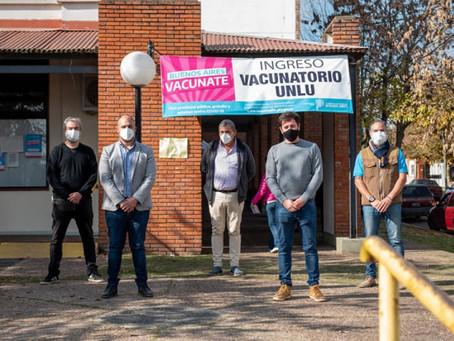 Autoridades sanitarias provinciales recorrieron el punto UNLu de vacunación