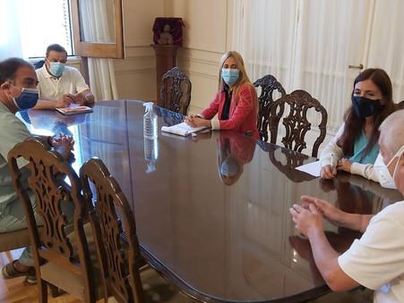 Delicada situación sanitaria en Zárate: Cáffaro convocó a referentes de salud