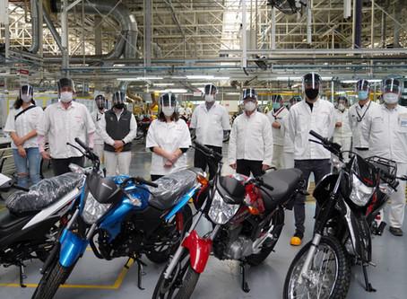 Romano y Trujillo recorrieron la empresa Honda junto a funcionarios de la Provincia