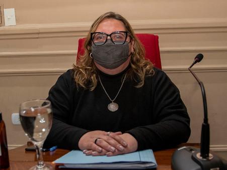 Buzzini cuestionó la demora de la Provincia en otorgar los Pases Libres Multimodales