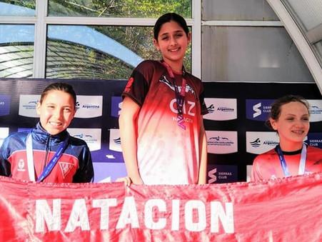 Natación: Brillante actuación de Agostina Hein en San Luis