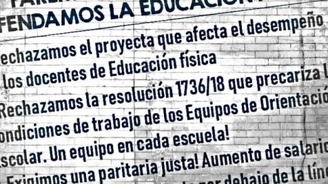 Volanteada en Rocca y Güemes, para decirle NO al ajuste en educación
