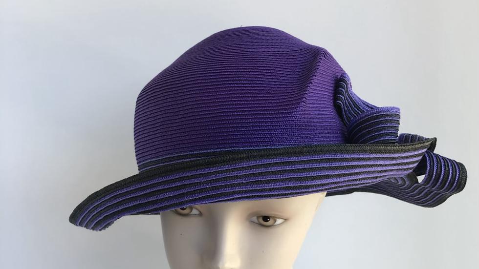 Lily Bart in tagline (purple)