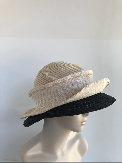 Molly Bloom (cream/black)