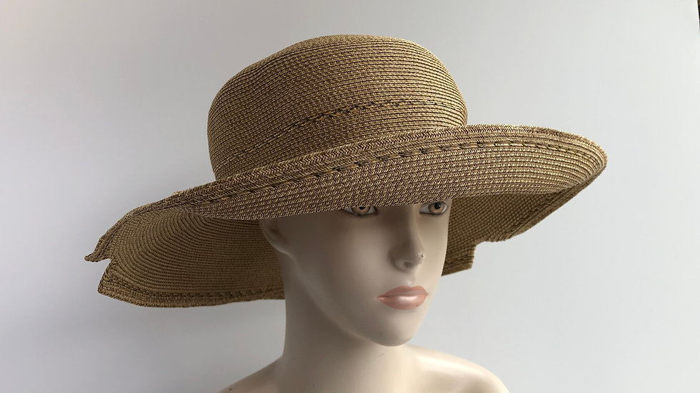 Georgiana  (wheat with neutral tweed accent)