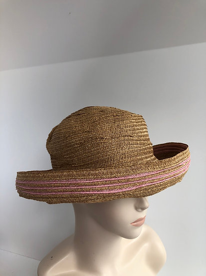 Elinor  (wheat with light pink)