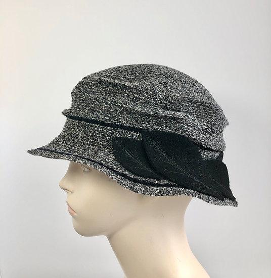 Pinched Crown  (grey/white/black blend)