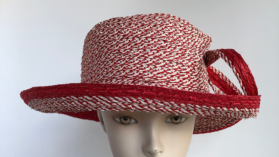 Clarissa (red tweed with solid edge/loops)