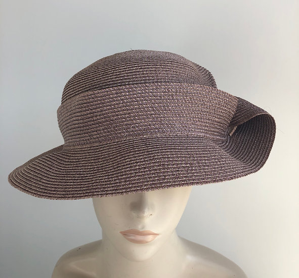 Caddy (solid earthy pink, simple fold)
