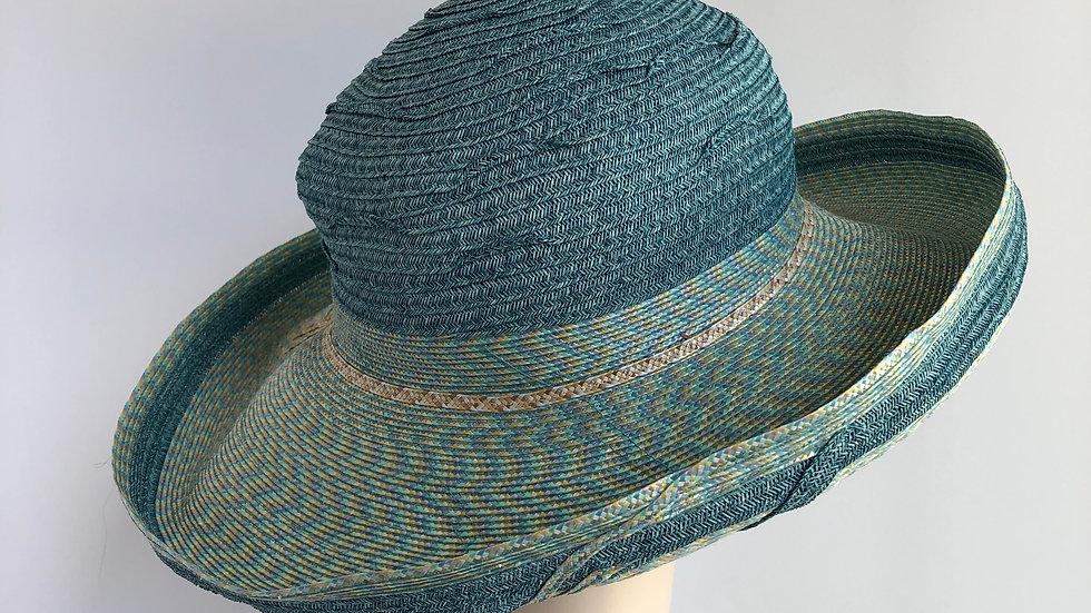 Cosette (turquoise paper + rio tweed)