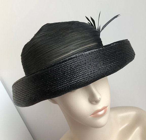 Bowler (horsehair crown, all black)