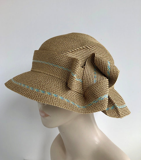 Caddy  (wheat with blue tweed accent)