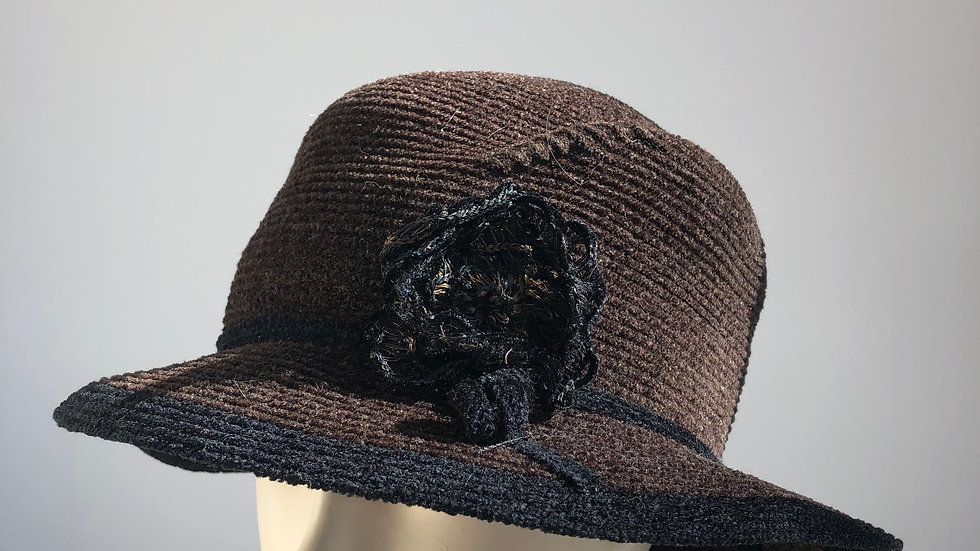 Chenille brimmed (dk brown/black edge)