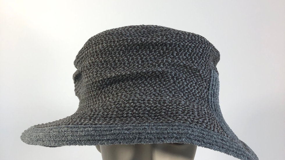 Pinched crown  (grey/brown tweed)