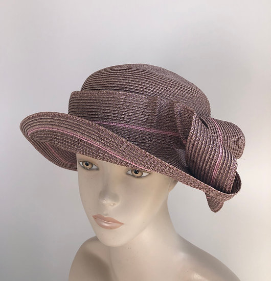 Caddy (earthy pink taupe with single pink strand)