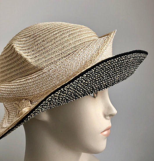 Molly Bloom (natural with black tweed under)