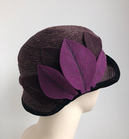 Cutaway with leaves (dark brown, purple leaves)
