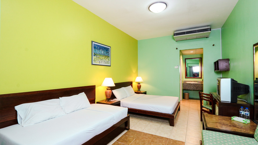 places to saty standard room main edited.jpg
