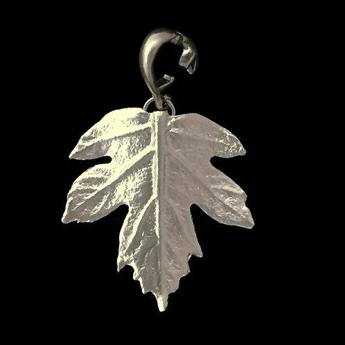 Oak Leaf Hydrangea Pendant/Enhancer