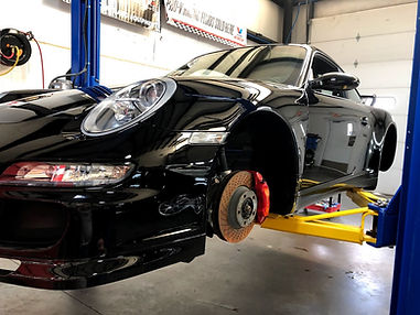 Porsche 911 wheel off ceramic coating and detailig