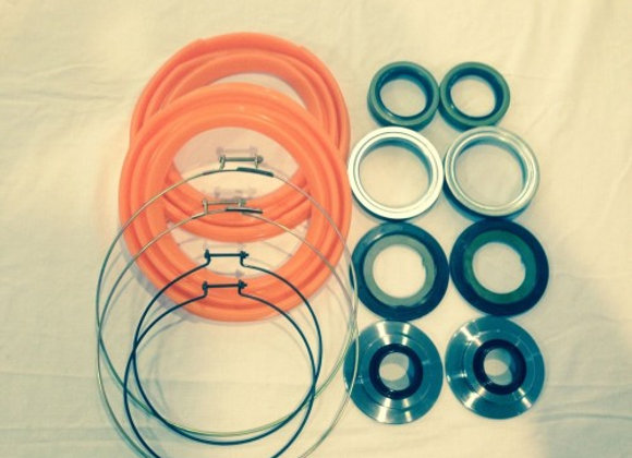 2.5 TON FRONT AXLE ORANGE BOOT AND SEAL KIT M35 M109 MILITARY MUD TRUCK