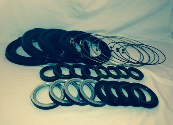 2.5 TON (2) STEER BOOT AND SEAL KIT
