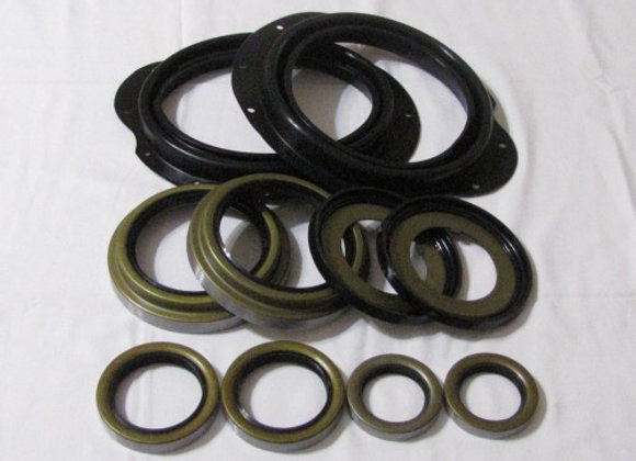 5 TON STEER BOOT AND SEAL KIT