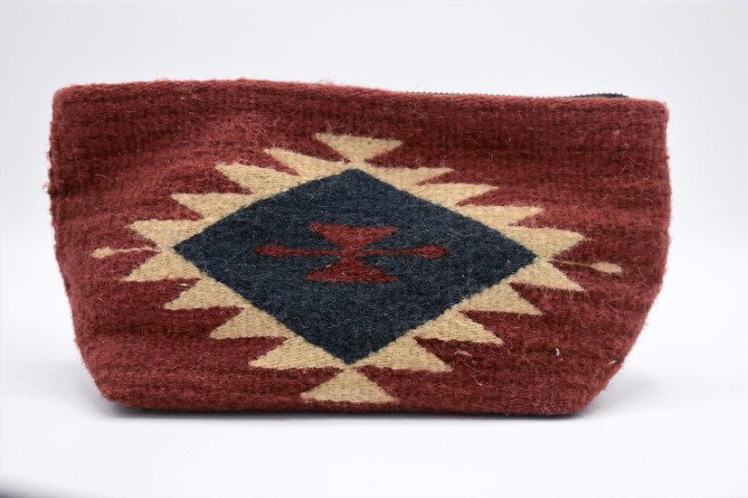 Manos Zapotaca wool clutch