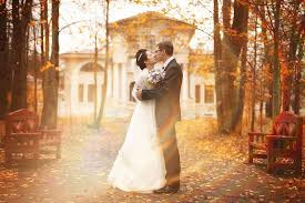 Autumn wedding, Halloween, Christmas & More...?