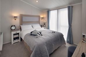 int-edmonton-lodge-main-bed-swift.jpg