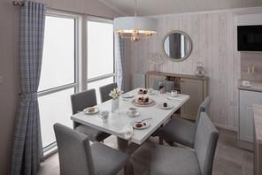 int-edmonton-lodge-dining-table-swift.jpg