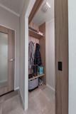 int-edmonton-lodge-entrance-area-boot-room-swift.jpg