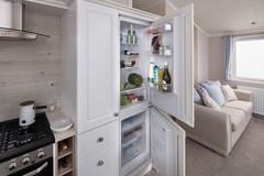 int-edmonton-lodge-fridge-swift.jpg