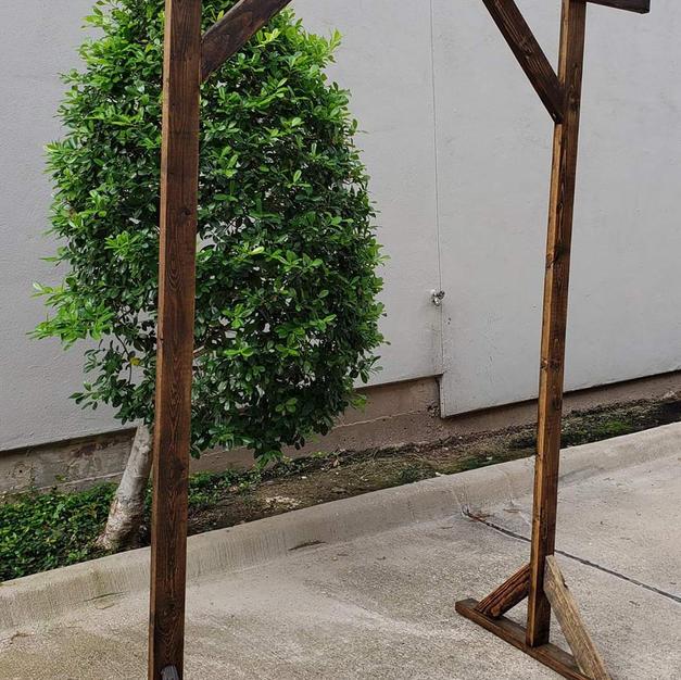 7.5 ft Wood Wedding Arch