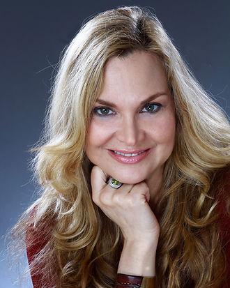 New York based celebrity makeup artist Jill Harth