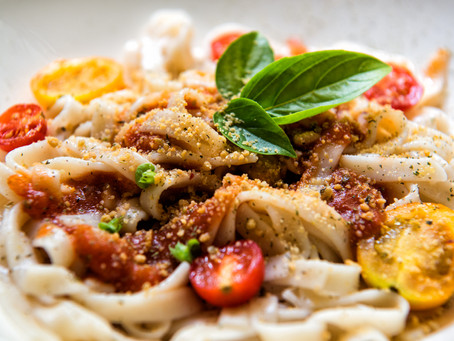 Pasta w/yellow tomatoes & tangy Parm Crumble