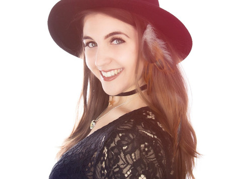 Becky Lawrence: her inner sun shines over the fields of British Country music