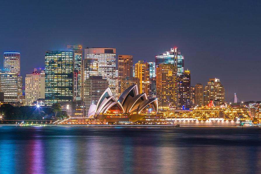 Sydney_Harbour_at_night_Adobe.jpg
