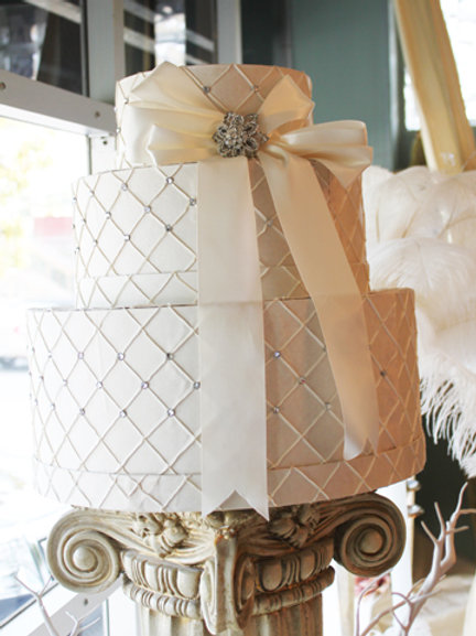 Round Hat Box Envelope Holder Rental (#2)