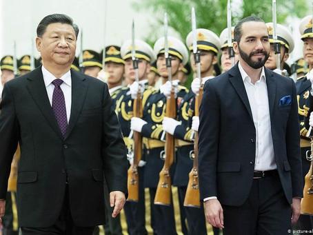 """China dice que cooperación a El Salvador """"no tiene condición política"""""""